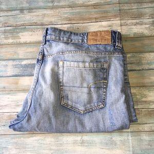 American Eagle Boyfriend 77 Light Wash Jeans